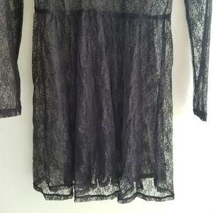 Topshop Dresses - Topshop black lace embroidered dress